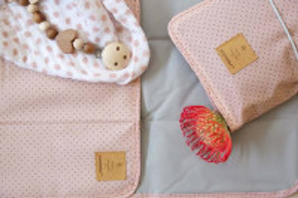 Casual Changing Pouch Dots rose